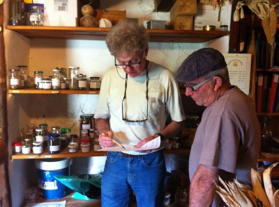 two seed savers compare notes